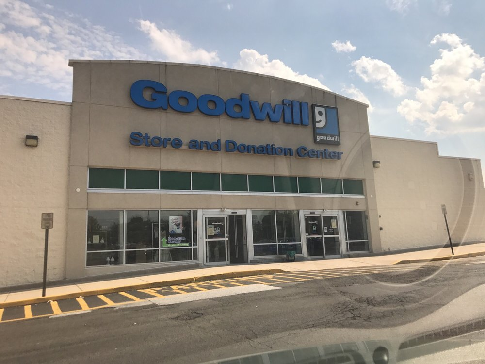 Goodwill Store & Donation Center: 2365 E Lincoln Hwy, Langhorne, PA