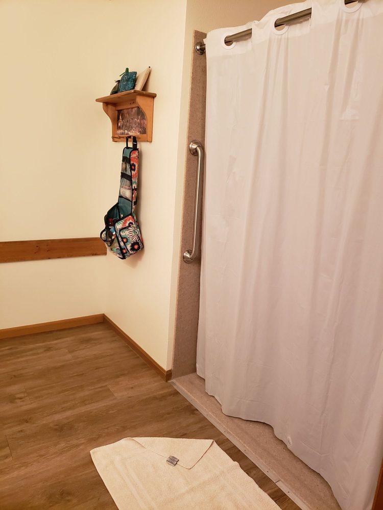 Lazy J Motel: 172 Big Timber Loop Rd, Big Timber, MT