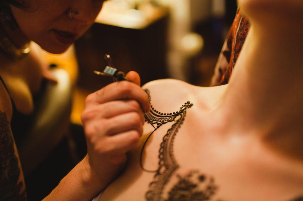 Henna Gesserit BodyArt + BodyWork: Lincoln, NE