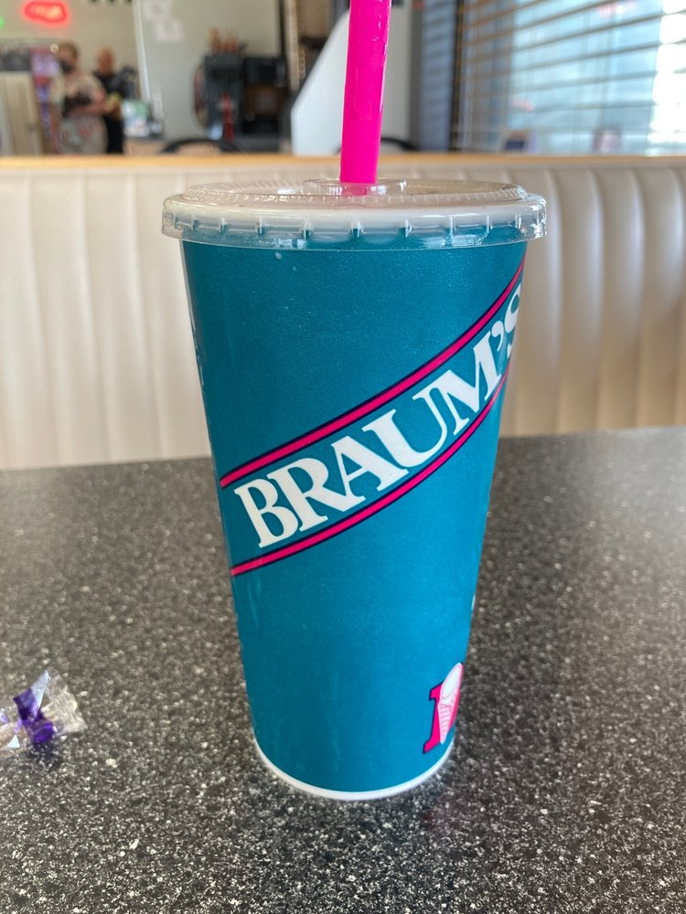 Braum's: 2106 E Kansas Ave, McPherson, KS