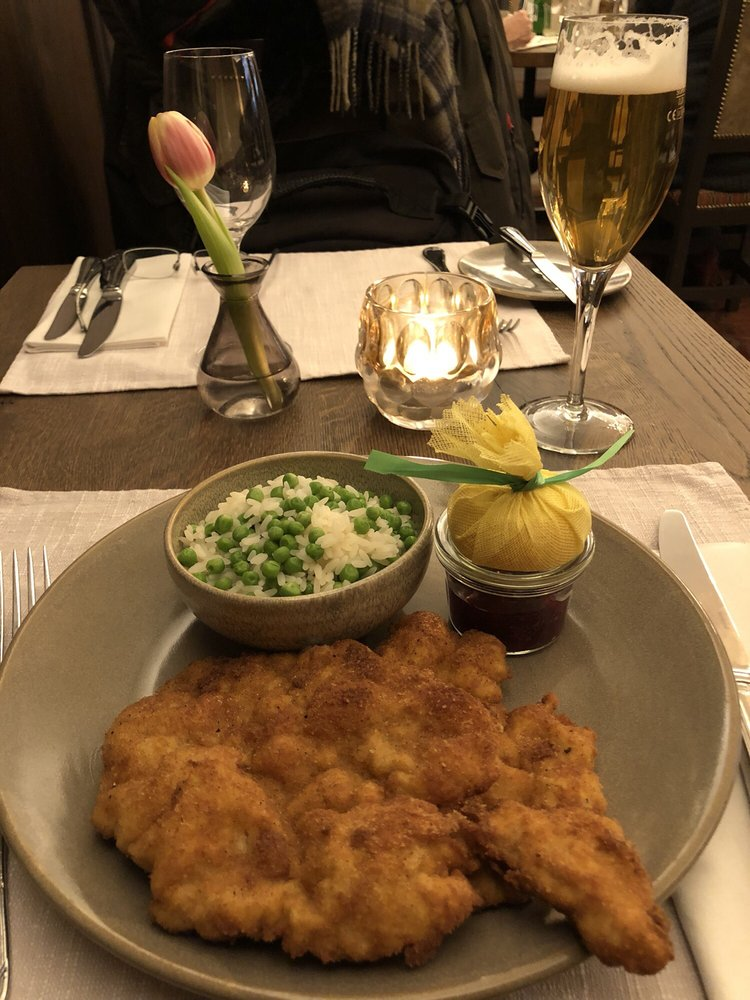 Wiener Schnitzel Veal With Rice And Peas Breading Crispy Light