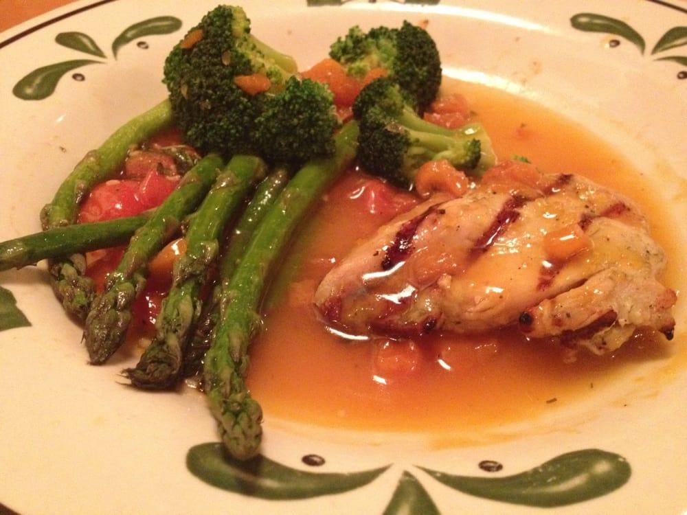 Venetian apricot chicken w veggies yelp for Olive garden manhattan beach ca