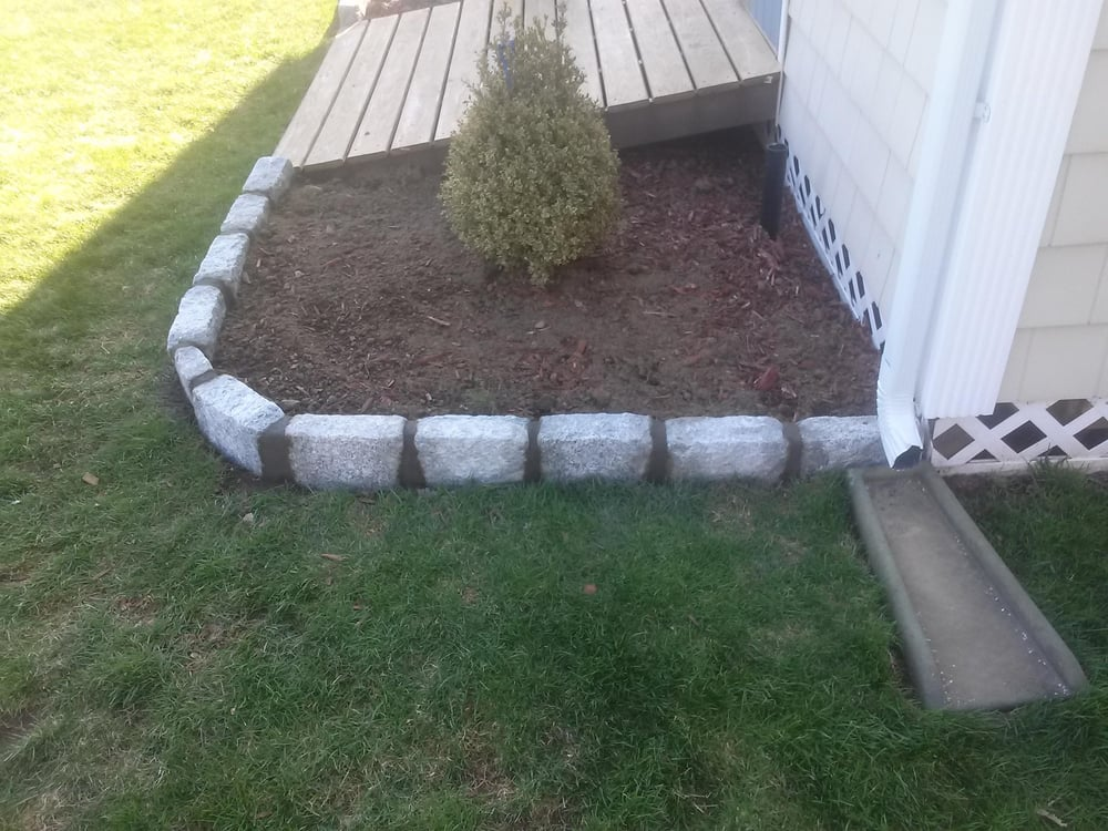New belgium block border with cement joints installed - Illescas garden ...