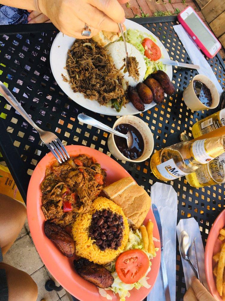 Mami's La Cubana Cuban Restaurant: 579 North Central Ave, Atlanta, GA