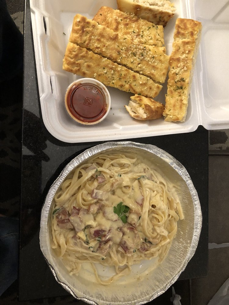 Milantoni Italian Restaurant: 1600 S Hurstbourne Pkwy, Louisville, KY