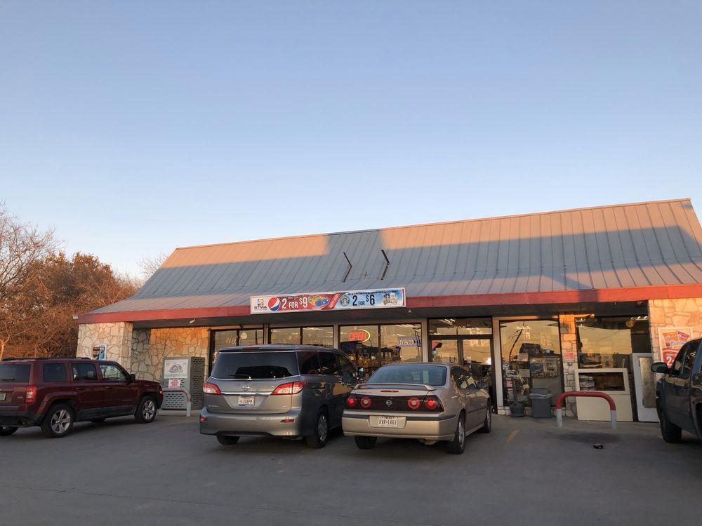 Knight Stop: 700 Fm 1103, Cibolo, TX