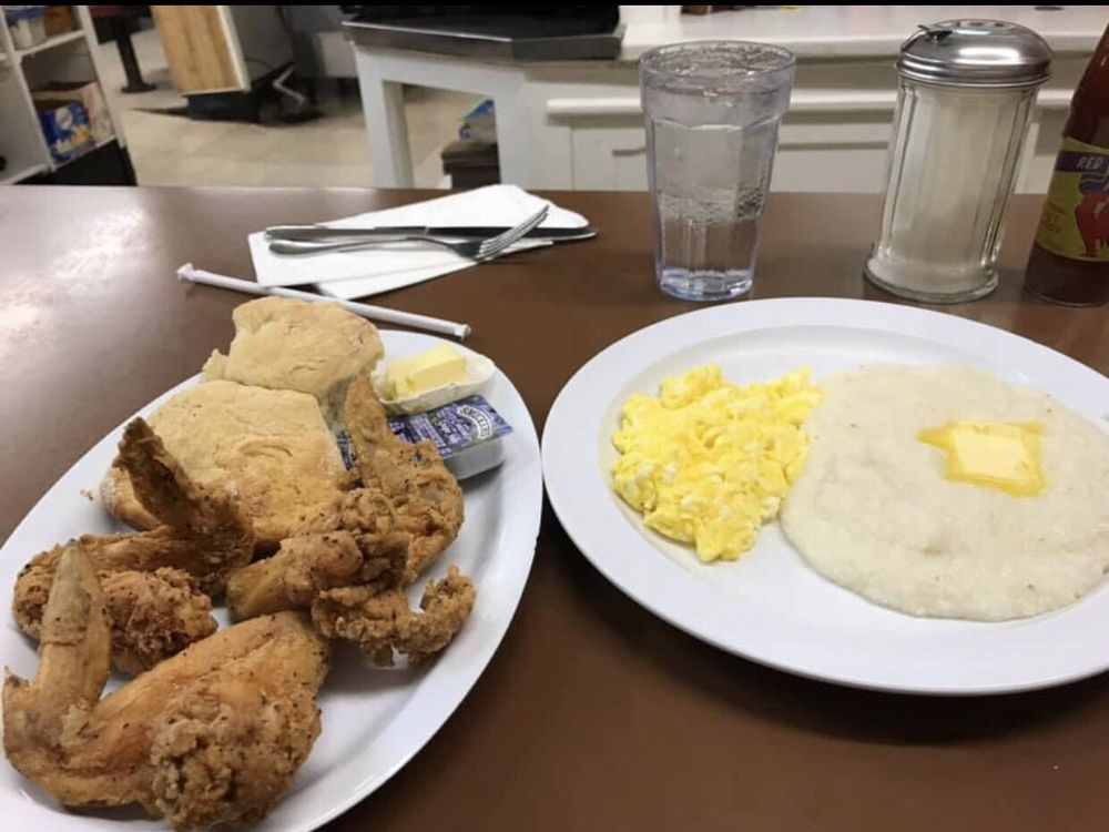 Scrambled Eggs Grits Biscuits And Chicken Wings Yelp