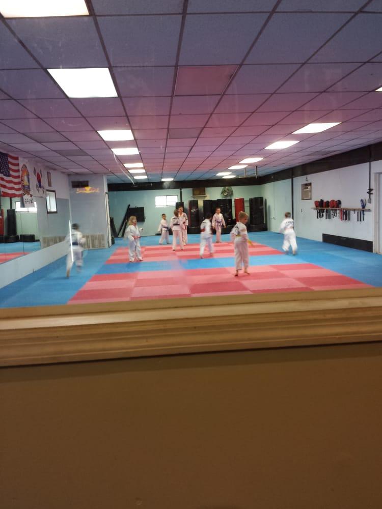 Gilbertsville Fitness Center: 1573 E Philadelphia Ave, Gilbertsville, PA