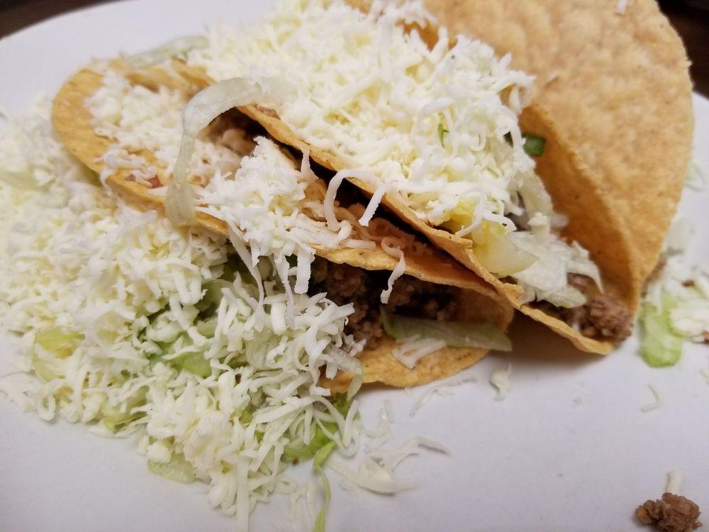 La Fuente Mexican Restaurant: 2000 E Oglethorpe Blvd, Albany, GA