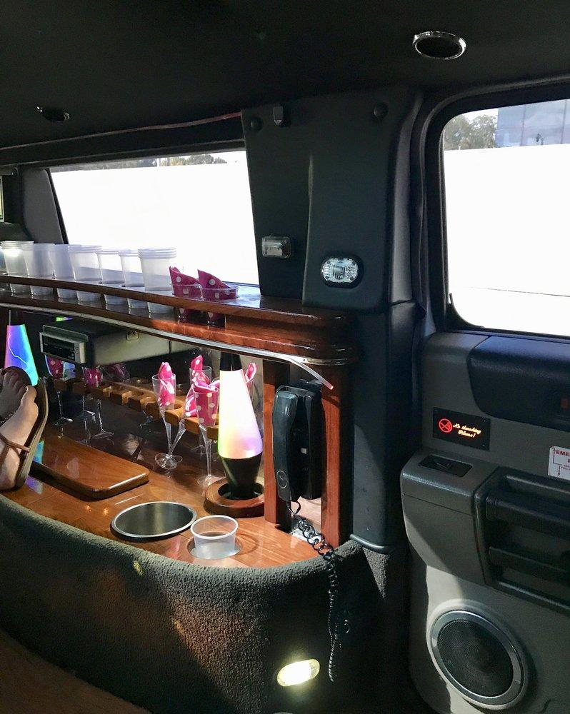 Affordable Limousine: 952 N 3rd St, Lawrence, KS
