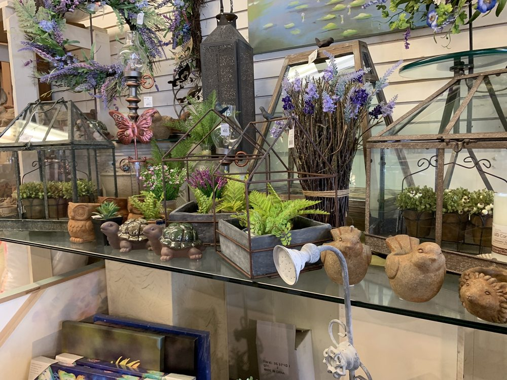 Esbenshade's Garden Centers & Greenhouse: 546 E 28th Div Hwy, Lititz, PA