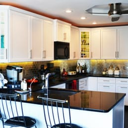 Skylimit remodeling inc builders 4013 s 48th st for Kitchen remodeling lincoln ne