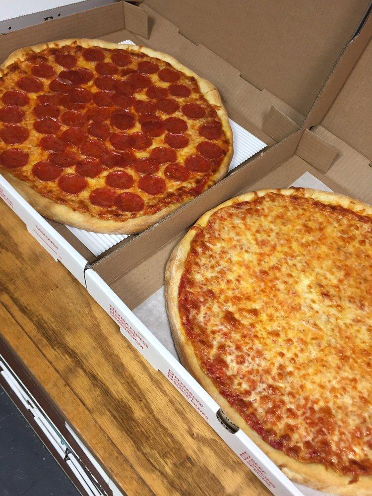 Corrado's Pizza and Wings: 501 N 3rd St, Hammonton, NJ