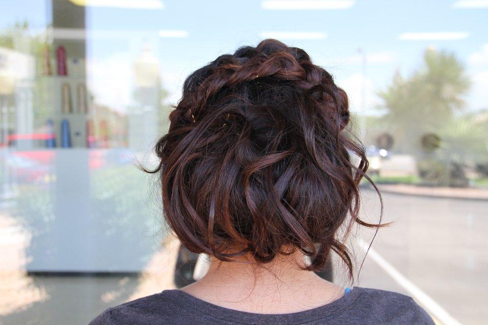 Tiara's Hair & Lash Salon: 1930 Juan Tabo Blvd NE, Albuquerque, NM