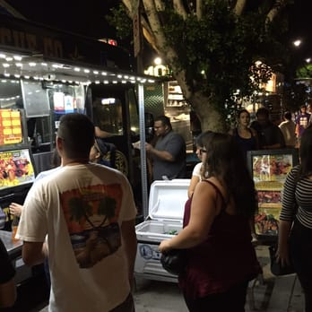 Food Trucks Granada Hills Hours