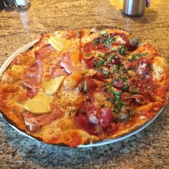 California Pizza Kitchen At Tustin Tustin Ca