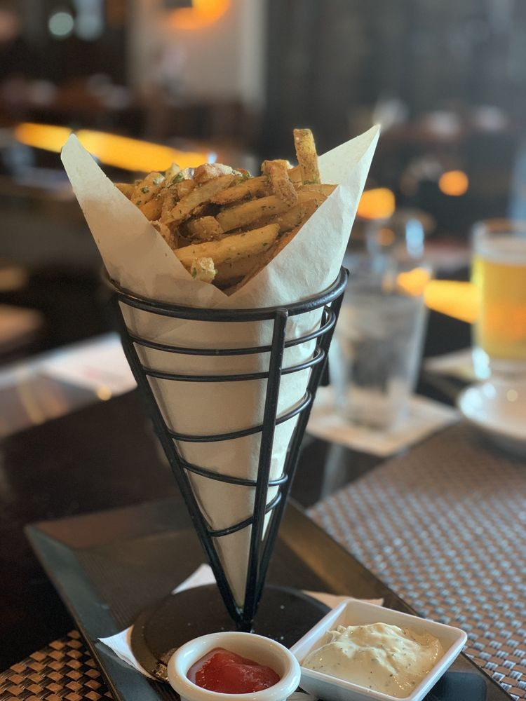 Crave American Kitchen & Sushi Bar: 12734 Elm Creek Blvd N, Maple Grove, MN
