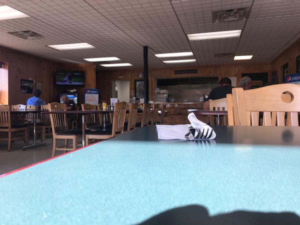 Jourdan's Family Diner: 12223 2nd St, Northome, MN