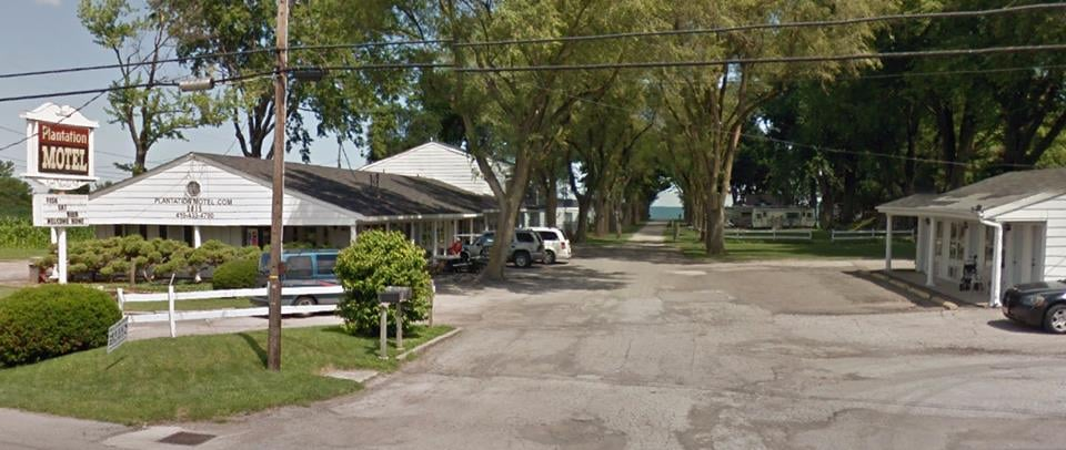 Plantation Motel: 2815 Cleveland Rd E, Huron, OH