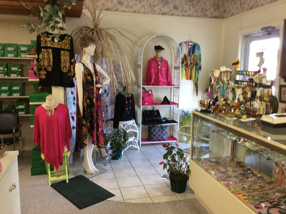Becky's Place: 1604 Padre Blvd, South Padre Island, TX