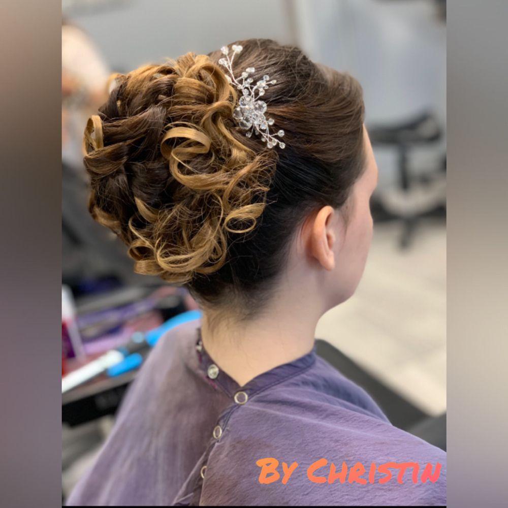 Prestige Hair Studio: 3174 Saba Ln, Port Neches, TX