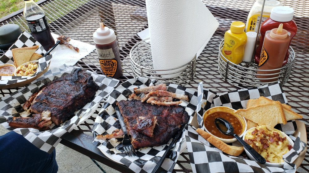 The Shed Smokehouse & Juke Joint: 1820 W Lamar Alexander Pkwy, Maryville, TN