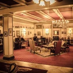 Photo Of Yankee Pedlar Inn Torrington Ct United States