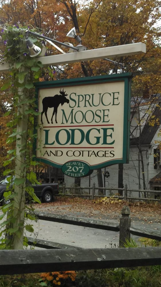 Spruce Moose Lodge & Cottages: 207 Seavey St, North Conway, NH