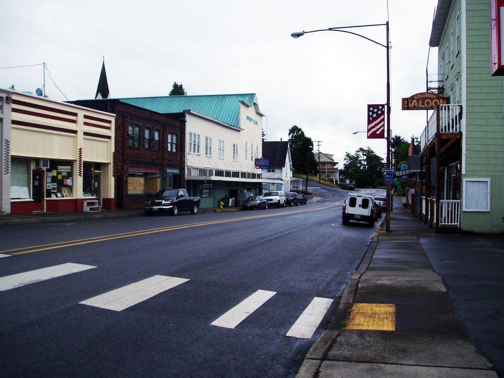 Cathlamet Market Fresh: 95 Main St, Cathlamet, WA