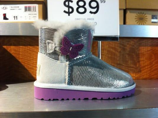 UGG Outlet 1 Premium Blvd Ste 161 Tinton Falls, NJ Accessories Fashion - MapQuest