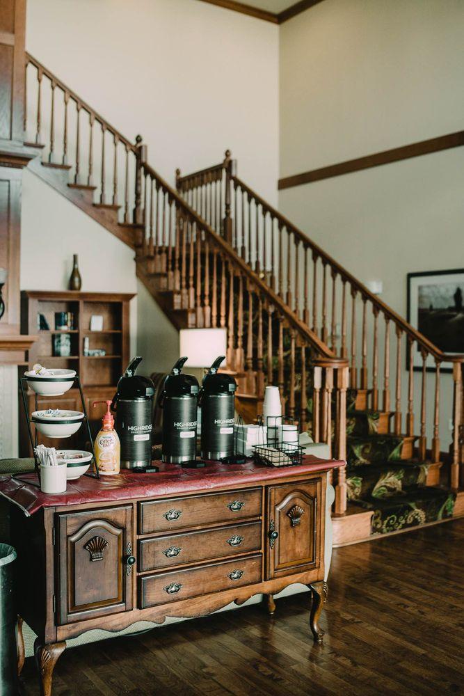 Country Inn & Suites: 3465 Ross Clark Cir, Dothan, AL
