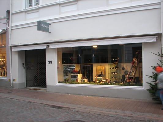 hot sale online c7c3b 6c60c Schuhe Fritz Hoffmann - Shoe Stores - Hüxstr. 39, Lübeck ...