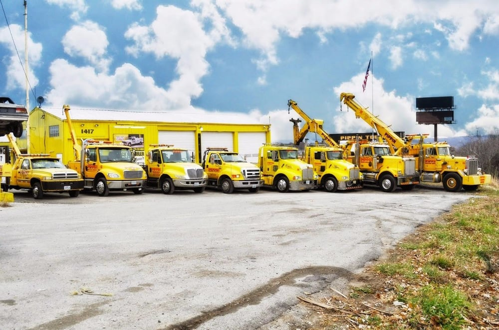 Pippin Towing & Recovery: 4901 Valley View Rd, Bloomsdale, MO