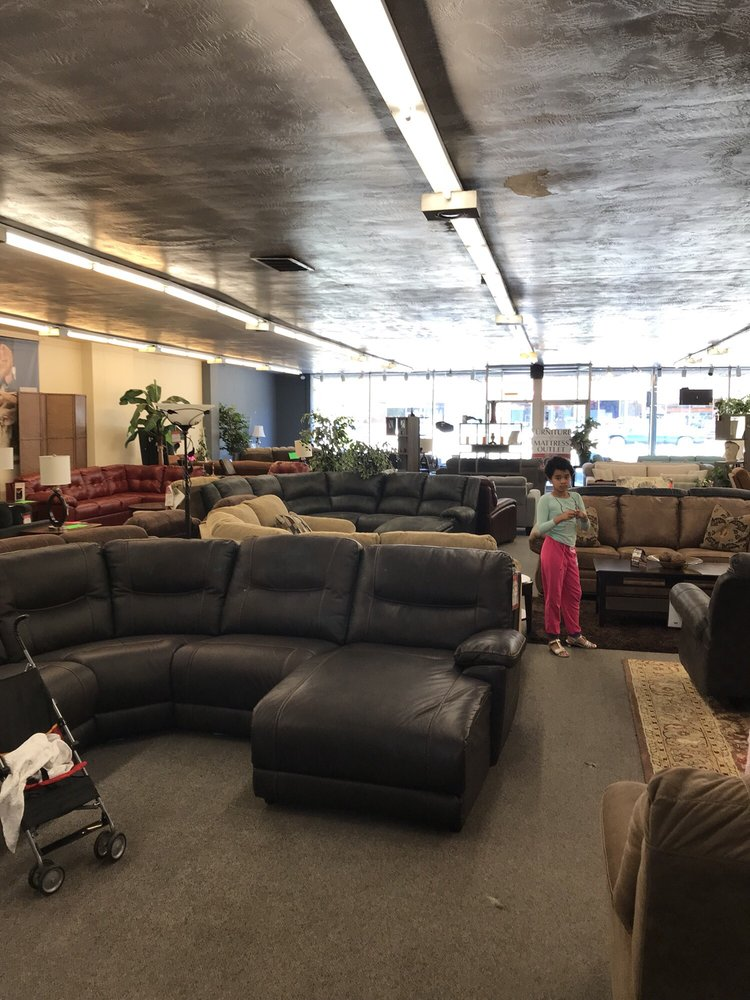 Connolly's Furniture and Mattress: 24031 Mission Blvd, Hayward, CA