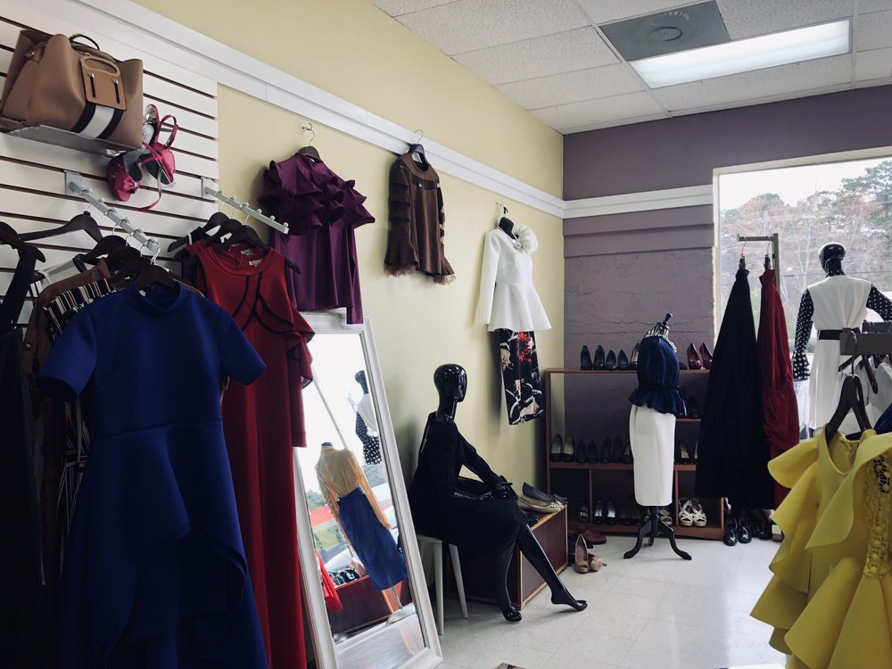 New 2 You Boutique & Consignment: 539 N Glynn St, Fayetteville, GA