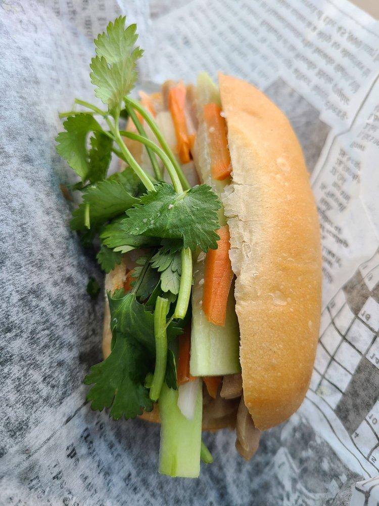 Idrink Boba & Sandwiches: 556 S Hwy 27, Minneola, FL