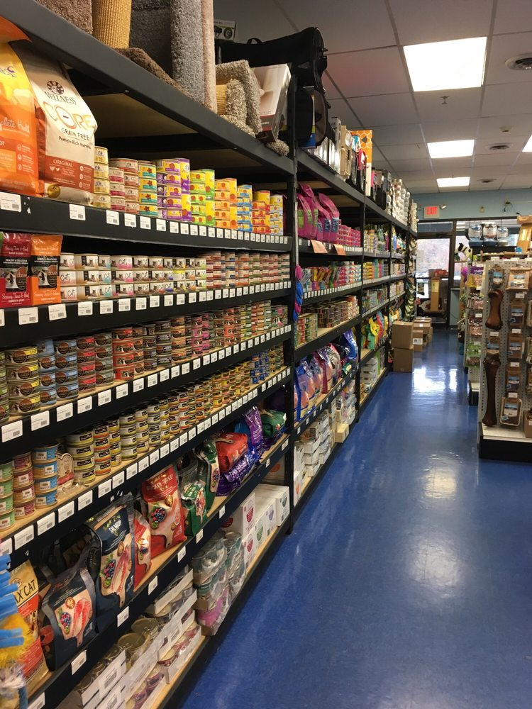 T and T Pet Supply: 1325 US Hwy 206, Skillman, NJ
