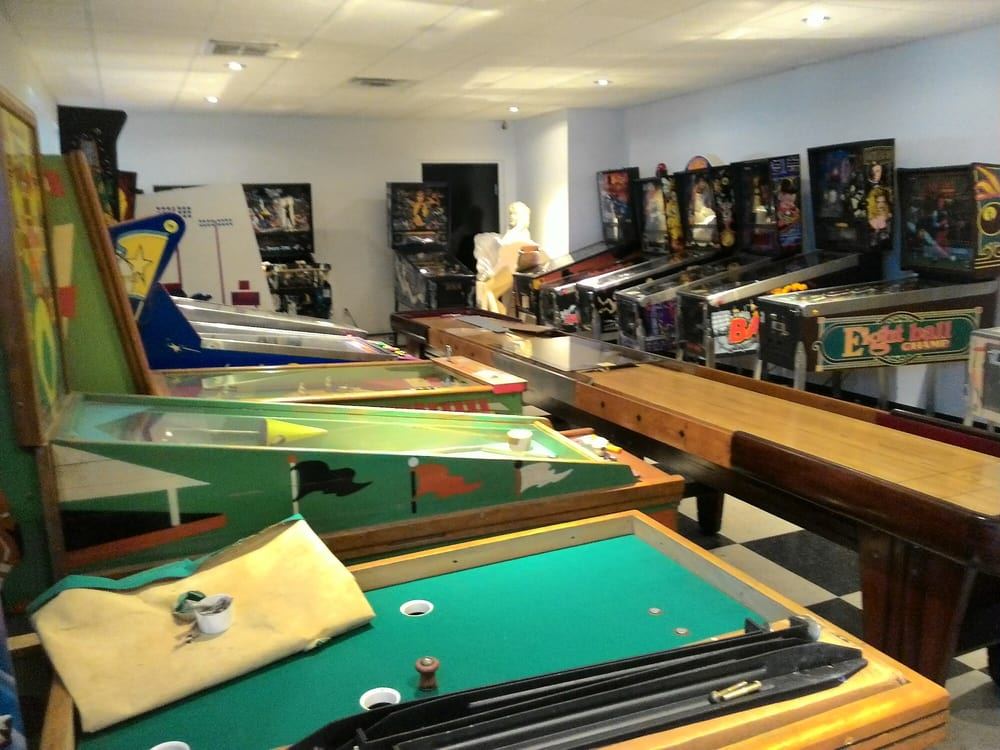 Fun! Billiards and Gameroom Superstore: 4539 Gus Thomasson Rd, Mesquite, TX