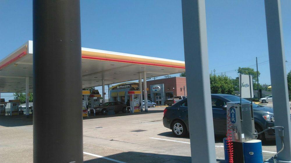 Big River Food and Fuel: 1779 Louisiana 3125, Gramercy, LA