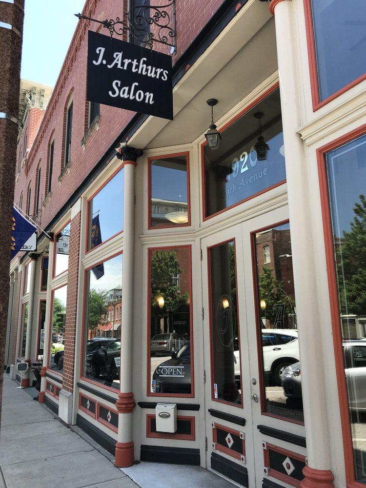 J Arthur's Salon