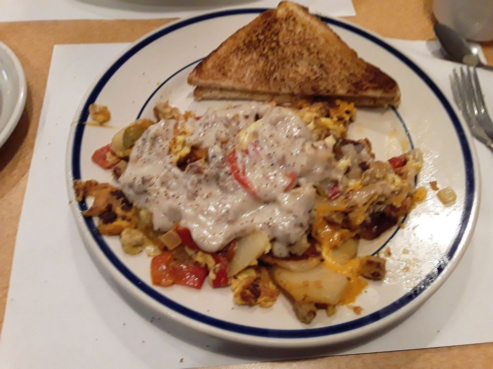 Mark C's Diner: 6 Oliver Rd, Uniontown, PA