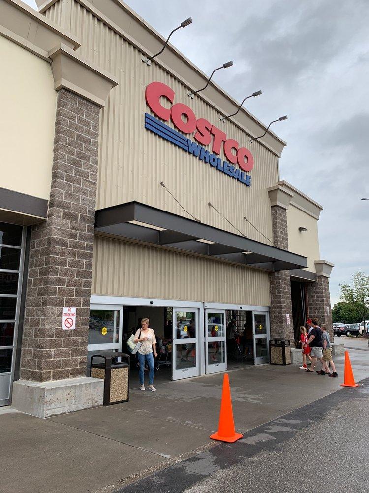 Costco Wholesale: 7205 Mills Civic Pkwy, West Des Moines, IA