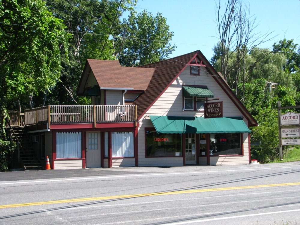 Accord Wine Shop: 5059 US Hwy 209, Accord, NY