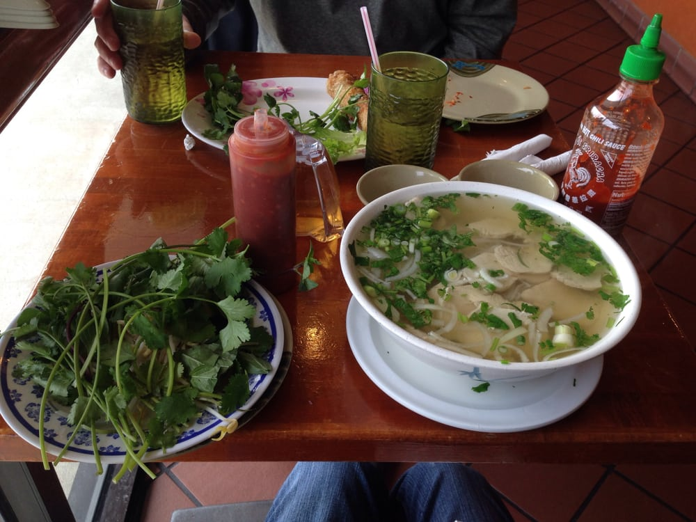 Pho yen vietnamese chinese cuisine 49 photos 125 for Asian cuisine and pho