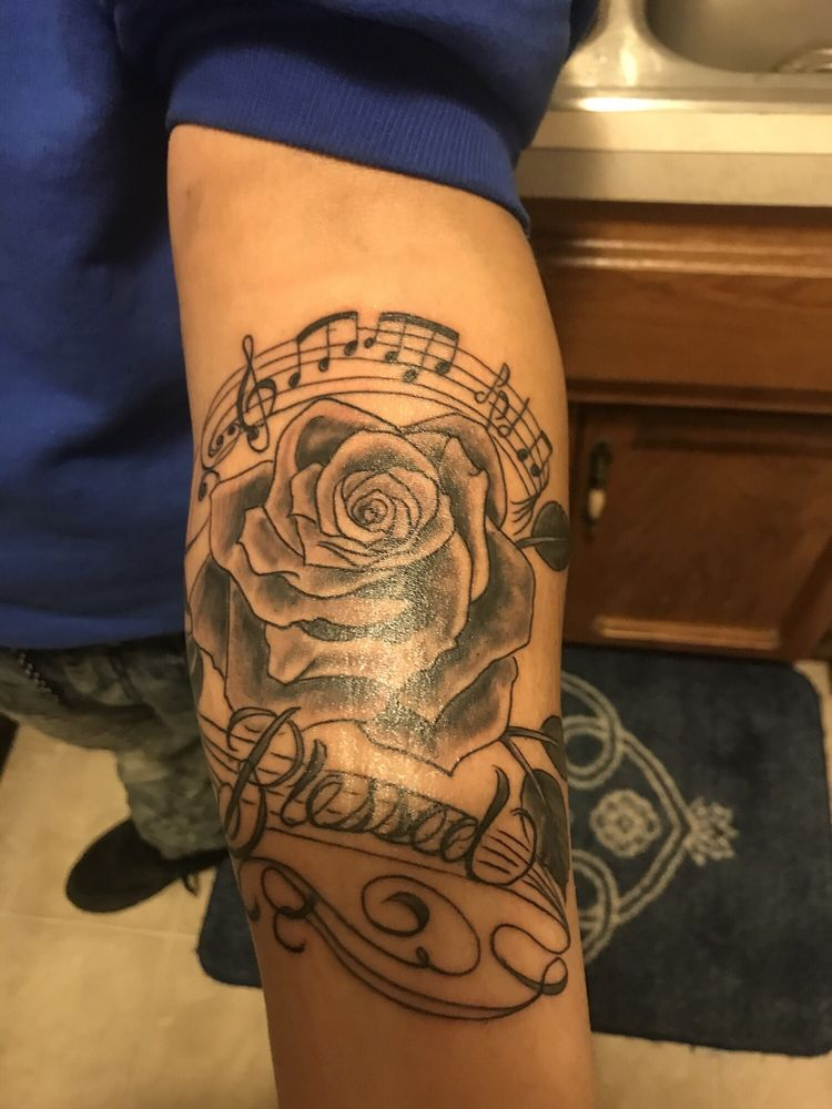 A-1 Tattoo Co: 6805 N Oak Trafficway, Kansas City, MO
