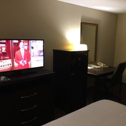 Photo Of Holiday Inn Express Tuscola Il United States King Suite