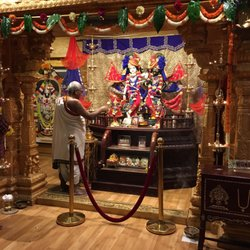 Sri Krishna Balaram Mandir - 33 Photos & 14 Reviews - Hindu Temples