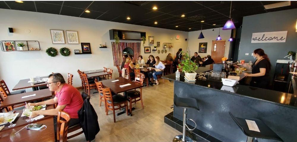 La Parrilla Latin Food: 6427 W Irving Park Rd, Chicago, IL