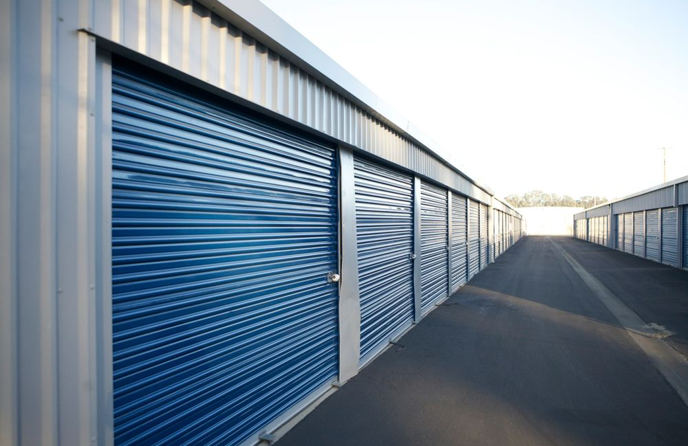 Central Coast Self Storage: 725 Sheridan Rd, Arroyo Grande, CA