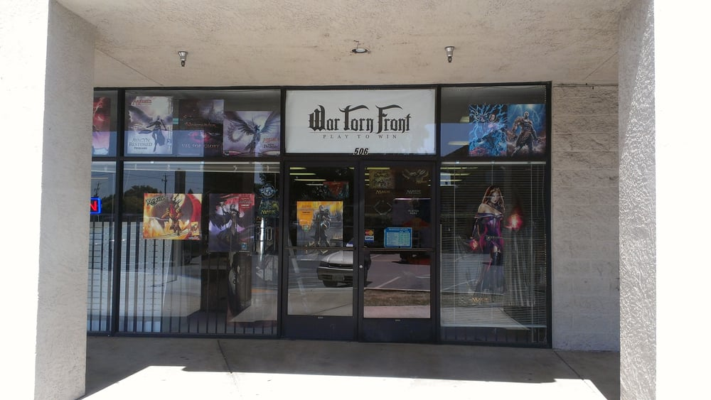 War Torn Front: 506 N Union Rd, Manteca, CA